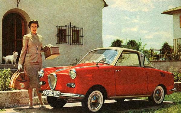 women-and-cars-in-hi-1_600x0w