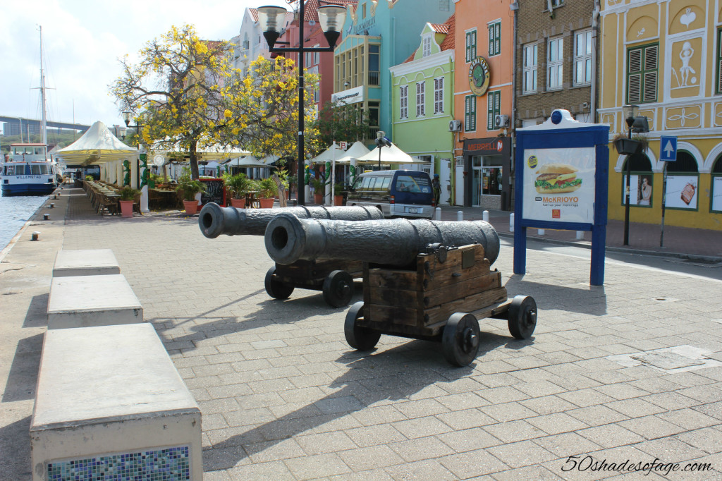 Canons in Punta, Willemstad