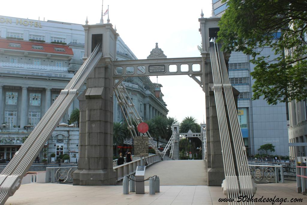 Oldest Bridge in Singapore - Cavenagh Bridge