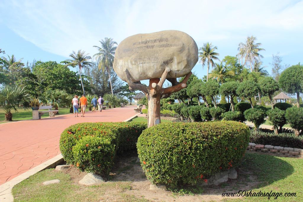 Muara Beach and Park