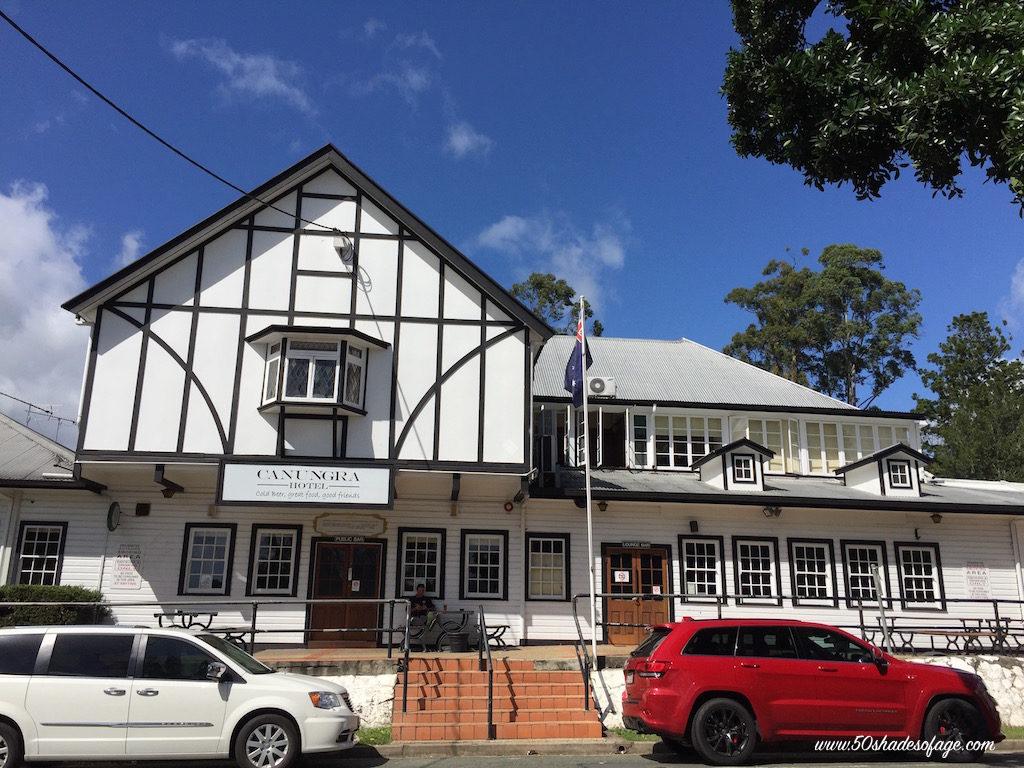 Canungra Pub