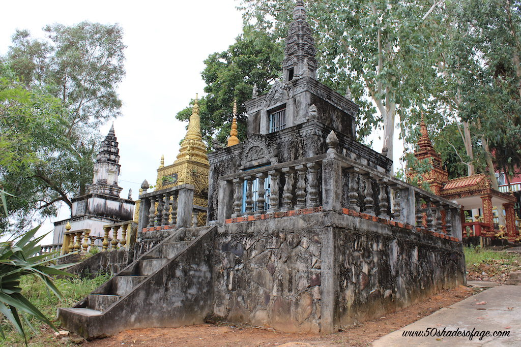 Wat Leu Temples