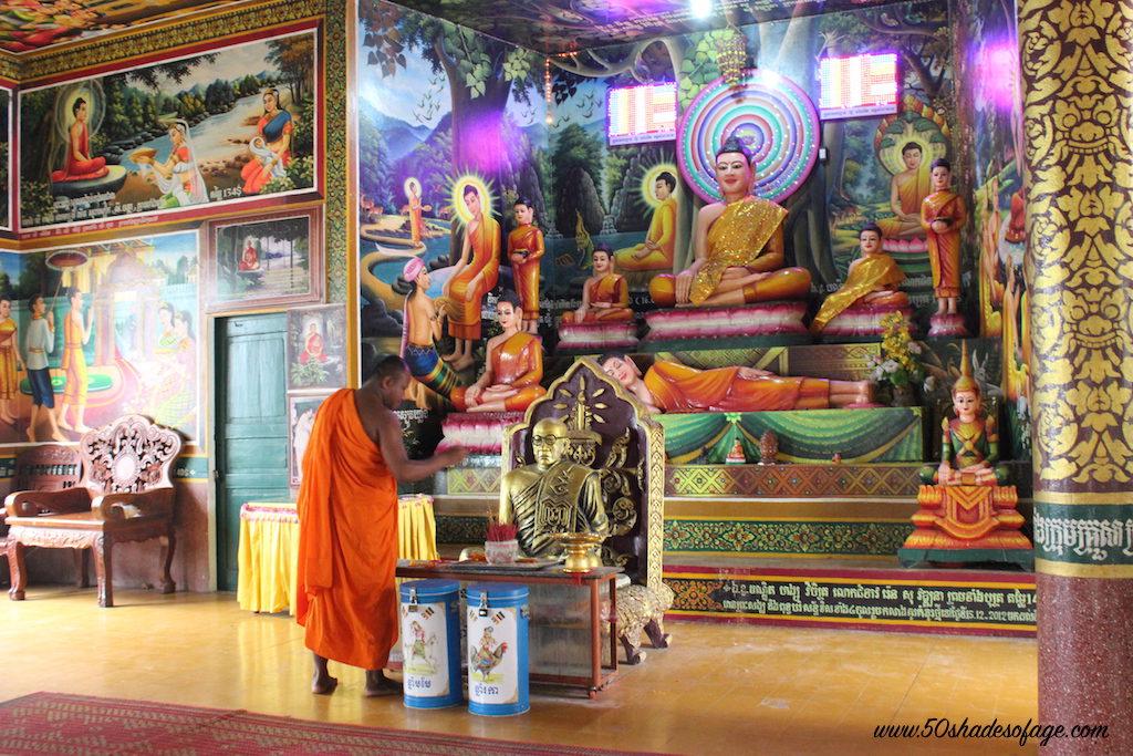 Inside Wat Lieu