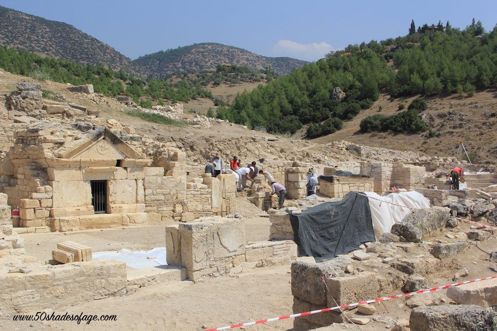 Excavation works at Hierapolis