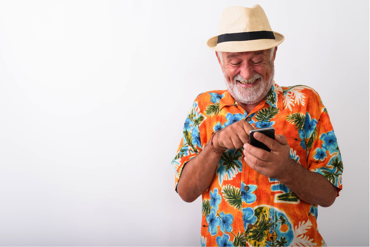 5 Tips for Seniors Travelling Solo